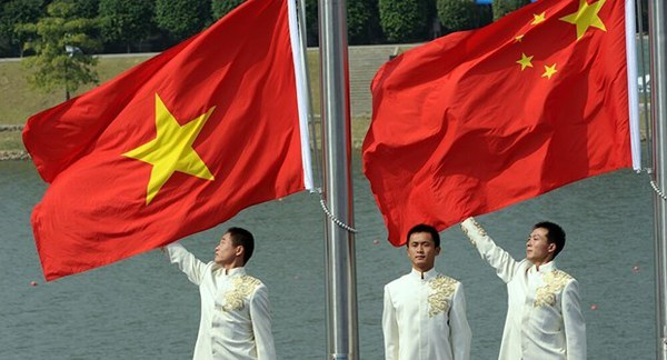 Vietnam-China Party relations highlighted hinh anh 1