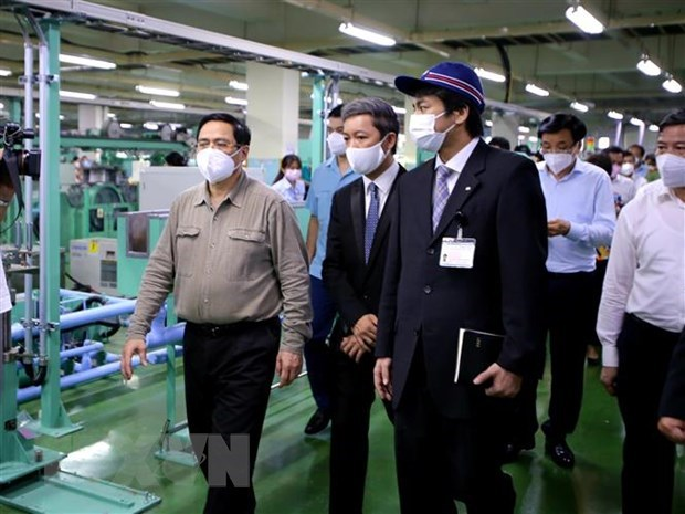 PM inspects pandemic fight in Ho Chi Minh City hinh anh 2