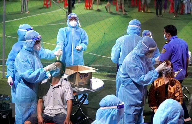 Vietnam records 76 new local COVID-19 cases on June 27 morning hinh anh 1