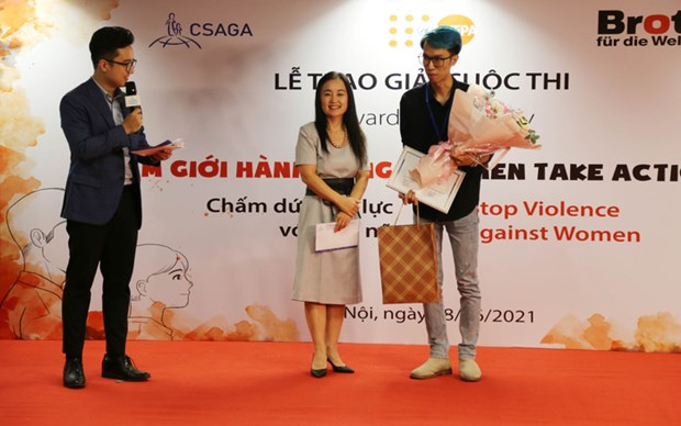 Winners of contest on stopping violence against women announced hinh anh 1