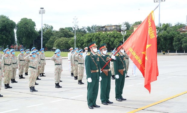 Staff of Level-2 Field Hospital No.2 pay homage to late President Ho Chi Minh hinh anh 2
