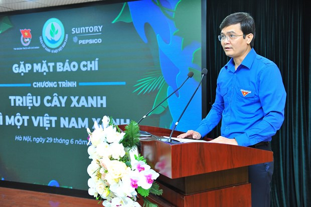 Tree planting - for a green Vietnam programme launch hinh anh 1