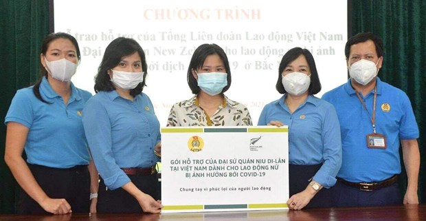 New Zealand supports female workers affected by COVID-19 hinh anh 3