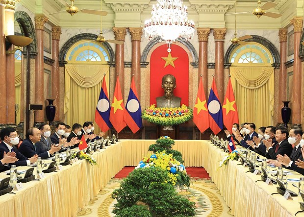 Vietnam, Laos target more comprehensive, practical cooperation hinh anh 1