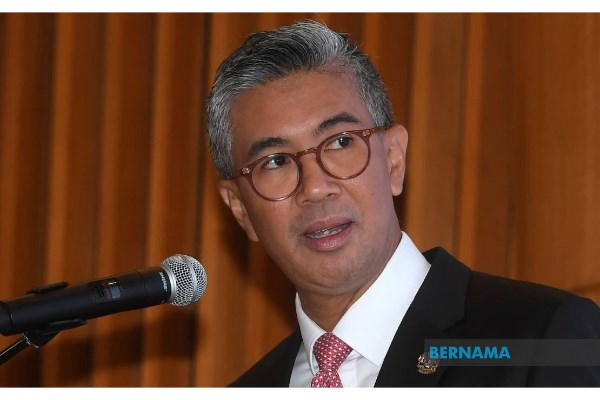 Malaysia to revise 2021's GDP forecast hinh anh 1