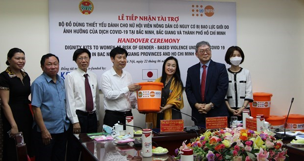 Nearly 5,100 UNFPA dignity kits sent to women in pandemic-hit localities hinh anh 1