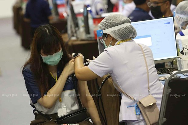 Up to 70 percent of COVID-19 cases in Bangkok infected with Delta variant: expert hinh anh 1