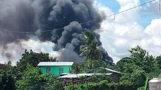 Philippines air force plane crash death toll rises hinh anh 1