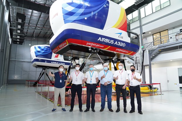 Airbus Vietnam Training Centre at Vietjet to offer A320 type-rating courses hinh anh 1