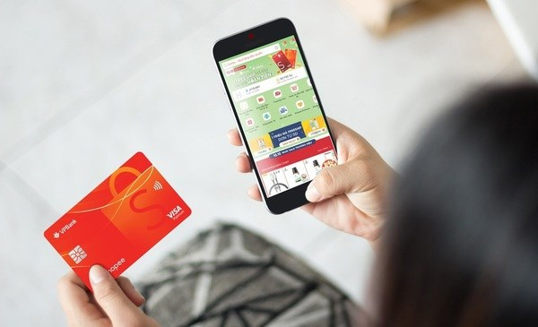Visa partners with Moca to bolster online shopping, digital payment hinh anh 1