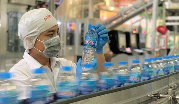 Nestle Vietnam, La Vie team up in water resources management hinh anh 1