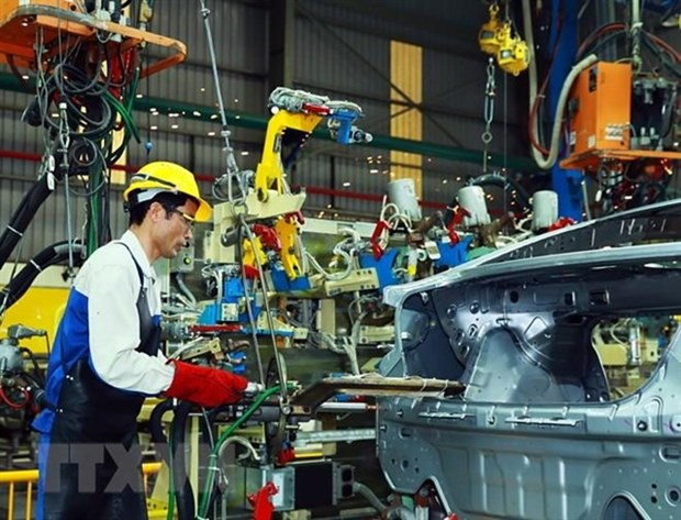 Vietnam to solve bottlenecks to develop its auto industry hinh anh 1