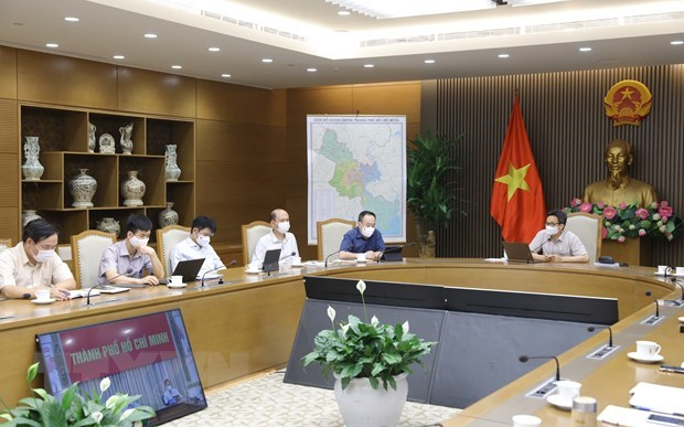 HCM City ready for citywide social distancing amid pandemic complexities hinh anh 1