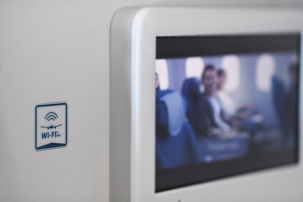 Vietnam Airlines, Viettel team up to offer in-flight internet service hinh anh 1
