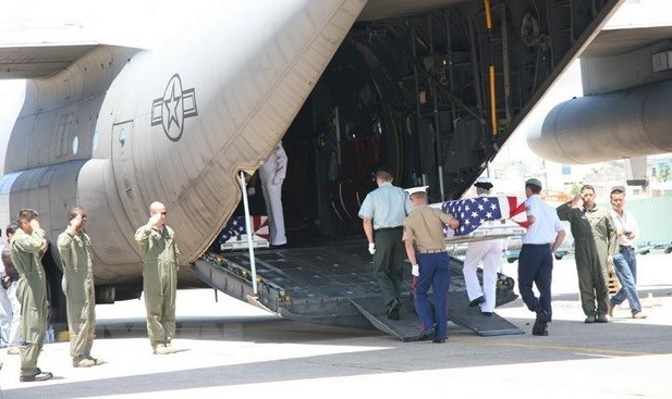 Remains of missing-in-action US serviceman handed over to US hinh anh 2