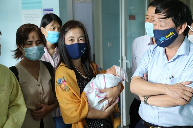 UNFPA Representative in Vietnam shares message of World Population Day hinh anh 1