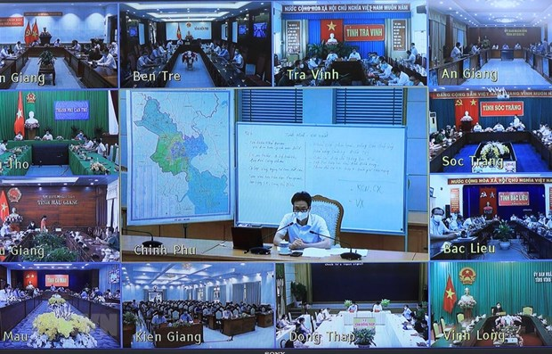 Deputy PM urges Mekong Delta localities to raise guard against COVID-19 hinh anh 1