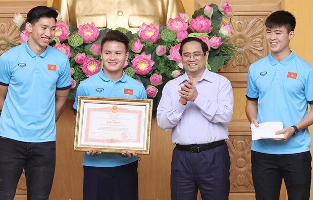Sport achievements demonstrate Vietnamese people's will: PM hinh anh 1