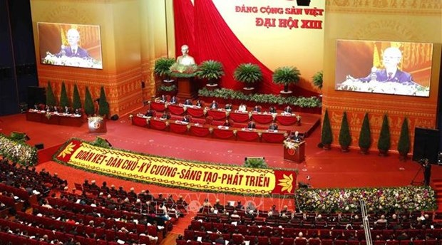 Vietnam prioritises fostering relations with France: diplomat hinh anh 1