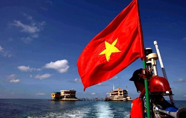 Int'l scholars highlight UNCLOS's role in ensuring peace, stability in East Sea hinh anh 2