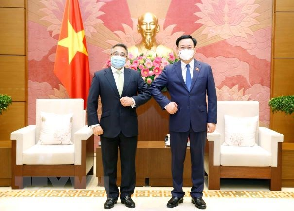 National Assembly Chairman hosts Philippine Ambassador hinh anh 1