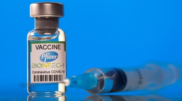 Pfizer commits to 20 mln doses of COVID-19 vaccine for children aged 12-18 hinh anh 1