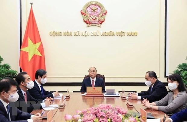 Președintele vietnamez poartă discuții telefonice cu omologul său român Hinh Anh 1