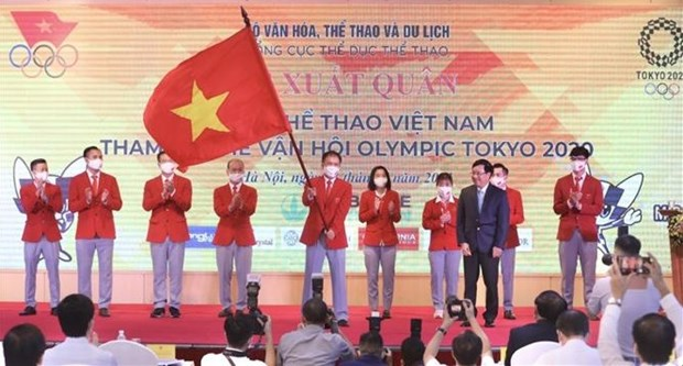 Vietnamese delegation sent off to Tokyo 2020 Olympics hinh anh 1