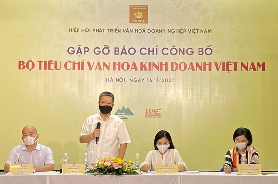 Criteria for evaluating Vietnamese business culture announced hinh anh 1