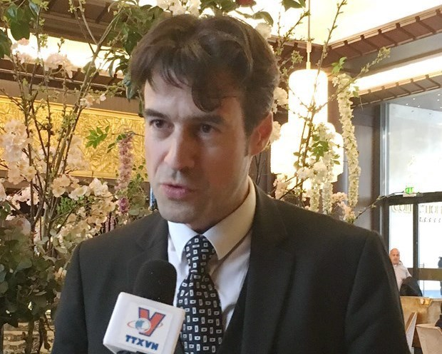 French scholar: Party chief's article reflects balance between ideology, practical values hinh anh 3