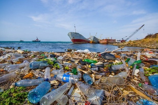 Communications contest against plastic waste launched hinh anh 1