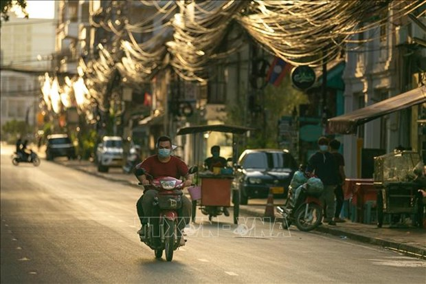 Laos urges citizens from Thailand to return home via official channel hinh anh 1