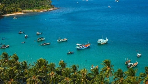 Transport ministry approves pilot opening of Phu Quoc island to foreign visitors hinh anh 1