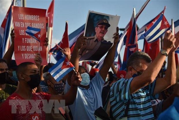 Vietnam shows solidarity, support toward Cuba: Ambassador hinh anh 1