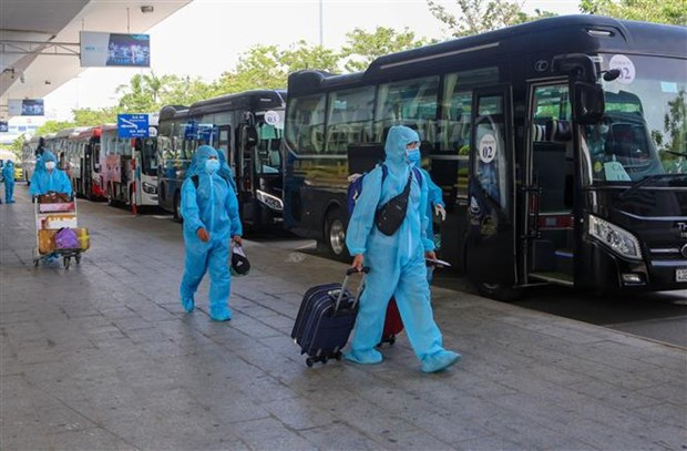 Hanoi: All returnees from pandemic-hit areas quarantined at dedicated facilities hinh anh 2