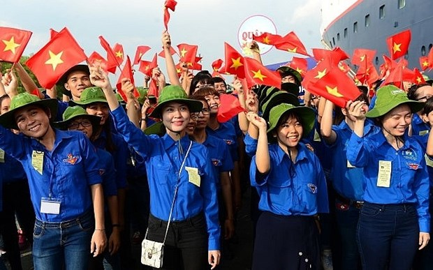 PM issues youth development strategy for 2021-2030 hinh anh 2