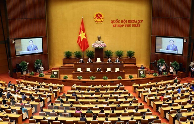 15th National Assembly wraps up first session hinh anh 1