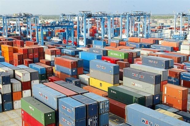 Malaysia's June exports rise 29.3 percent on year hinh anh 1