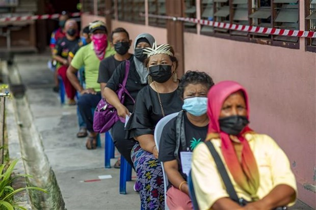 COVID-19: Malaysia reports highest daily infection number hinh anh 1
