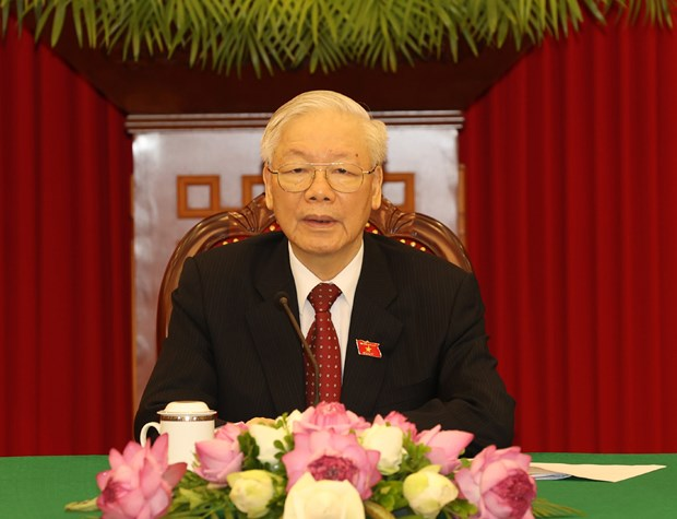 Party leader holds phone talk with Cuban Party First Secretary hinh anh 1