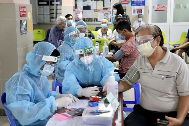 HCM City: 3,851 more COVID-19 patients given all-clear, three intensive care centres set up hinh anh 1