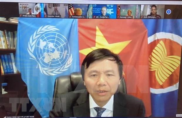 Vietnam backs adding gender issues into anti-terrorism hinh anh 1