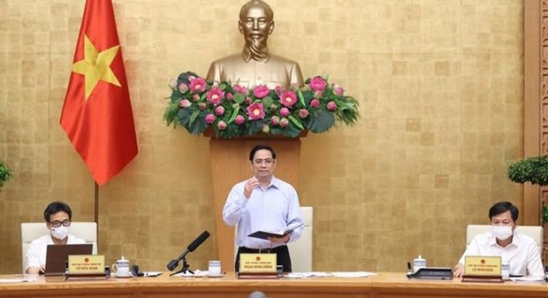 New approach, solutions needed in COVID-19 fight: PM hinh anh 1
