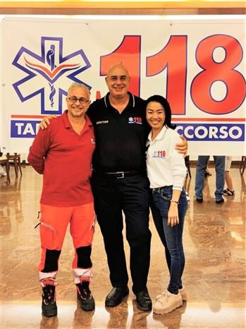 Overseas Vietnamese experts in Italy help control COVID-19 at home hinh anh 1