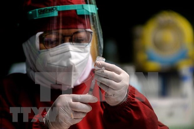 Indonesia to build a global vaccine manufacturing centre hinh anh 1