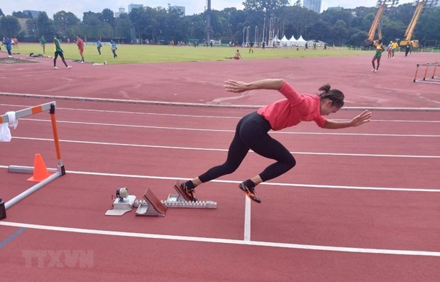 Tokyo Olympics: Vietnamese runner to compete in semi-final of women's 400m hurdles hinh anh 1