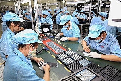 Ministry proposes 30 percent decrease in 2021 corporate income tax hinh anh 2