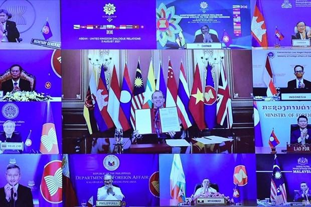 ASEAN grants UK 'dialogue partner' status hinh anh 1
