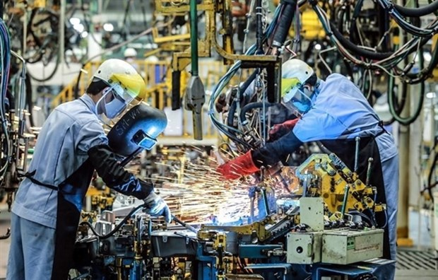 Vietnam's manufacturing sees decline in output amid COVID-19 outbreak hinh anh 1