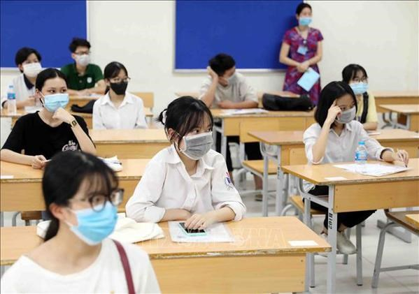 Over 11,000 students to take 2nd round of national high school graduation exam hinh anh 1